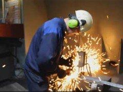Cutop vs B Bull – тест отрезных кругов на заводе ИСМА