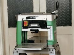 Тест Hitachi P13F рейсмус мини станок рейсмусовый рейсмусный