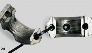 Задиры в месте подшипников скольжения шатуна. Не перенос металла, а именно задиры — тоже от недостатка смазки
