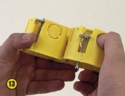 Монтаж электрической розетки и выключателя