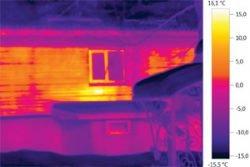 Тепловое изображение стены дома обследование