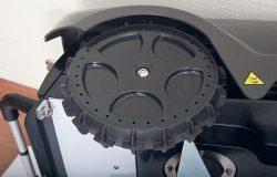 Робот газонокосилка Stiga Autoclip 520 задние колеса большой диаметр грунтозацеп