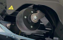 Робот газонокосилка Stiga Autoclip 520 передние колеса рояльные