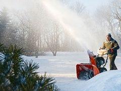 Снегоотбрасыватель Husqvarna