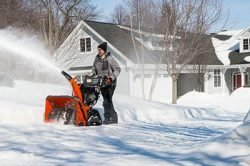 снегоотбрасыватель снегоуборщик как выбрать