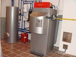 Тепло дает газовый конденсационный котёл Viessmann Vitocrossal 300