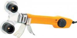 Denzel DWP-750 сваривает пластиковые трубы