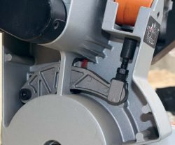 AEG PS 305 DG пила торцовочная торцовочно усовочная протяжка угол наклон диск регулировка