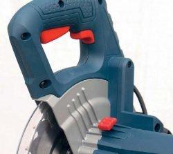 Bosch GCM 800 SJ пила торцовочная торцовочно усовочная протяжка Professional рукоятка