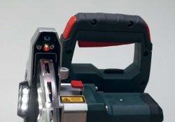 Metabo KGS 18 LTX 216 пила торцовочная аккумуляторная с протяжкой протяжка лазер подсветка кожух