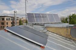 """Плоские солнечные коллекторы Viessmann Vitosol 100-F на крыше """"Альянс-Нева"""""""
