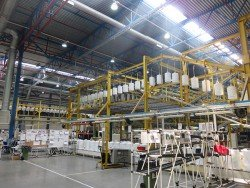 Конвейер на заводе Аристон