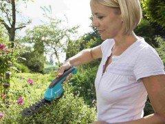 Gardena AccuCut - аккумуляторные садовые ножницы
