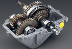 Трансмиссия VarioAutomat обеспечивает пользователю возможность использования максимальной мощности и крутящего момента двигателя на всех режимах его работы с любыми возможными нагрузками