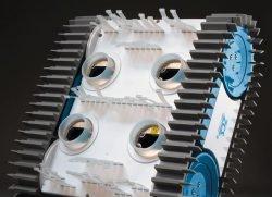 Caiman NemH2O, Nemo – беспроводной робот для чистки бассейнов. Вид снизу