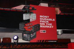 Milwaukee M18B9 батарея 9 Ач А ч M18 аккумулятор система конференция 2016 Прага