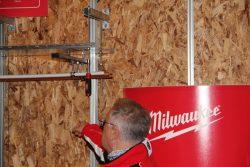 Milwaukee отвертка магнитная торцевая гайка бесконечная глубина установка шпилька конференция 2016 Прага