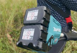 аккумуляторный триммер Makita