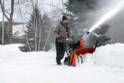 Husqvarna ST 330PT снегоотбрасыватель снегоуборщик гусеничный снегоочиститель