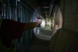 Прожектор ручной Milwaukee M12 SLED 201 аккумуляторный