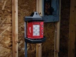 Прожектор светодиодный Milwaukee M18 AL 0 аккумуляторный