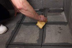 Затирка швов между плиткой