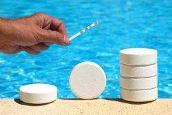 Средства для дезинфекции бассейна