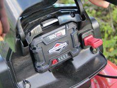 как заменить двигатель на газонокосилке