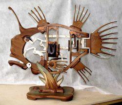 ArtMechanicus com кинетическая скульптура гламурная рыба