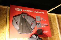 Куртки Milwaukee HJ подогрев аккумулятор M12 2017 конференция Берлин