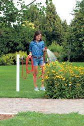 для полива клумб мытья садовой мебели велосипедов