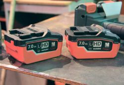 Аккумуляторная болгарка УШМ Metabo WPB 36 18 LTX BL 230 LiHD батареи аккумулятор