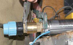 монтаж системы водоснабжения установка насоса в скважину