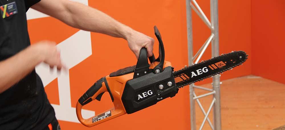 Конференция AEG 2019 Лондон ACS18B30 пила цепная аккумуляторная 18 В