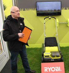 Конференция Ryobi 2019 Лондон RY18SFX35A One+ скарификатор аккумуляторный 18 В
