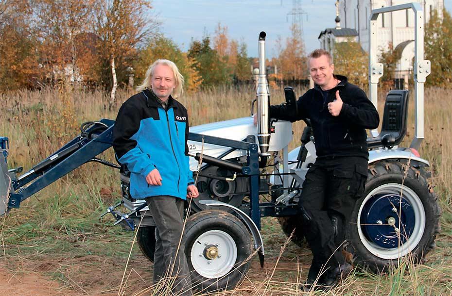 Тест Scout Скаут Т 25 Generation II мини трактор фронтальный погрузчик прицеп