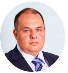 Роман Гладких, Frisquet в России