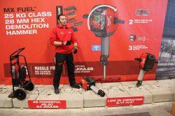 Milwaukee MX Fuel аккумуляторный отбойный молоток отбойник Милуоки конференция 2020 Монте Карло Монако Monte Carlo Monaco