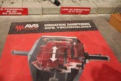 Конференция Milwaukee 2020 MXF DH2528H 601 MX Fuel аккумуляторный отбойник отбойный молоток антивибрационная система AVS новый новинка Монте Карло Монако