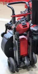 Конференция Milwaukee 2020 LSDP MX Fuel аккумуляторная прочистная машина барабанная гусеничный привод гусеницы новая новинка Монте Карло Монако