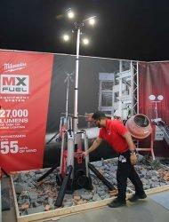 Конференция Milwaukee 2020 MXF TL MX Fuel мачта освещения аккумуляторная прожектор гибридная сетевая новая новинка Монте Карло Монако