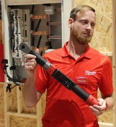 Конференция Milwaukee 2020 M12 ONEFTR аккумуляторный динамометрический ключ трещотка One Key новый новинка Монте Карло Монако