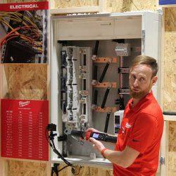 Конференция Milwaukee 2020 M12 ONEFTR аккумуляторный ключ трещотка динамометрический One Key новый новинка Монте Карло Монако
