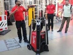 Конференция Milwaukee 2020 MXF TL MX Fuel мачта освещения гибридная сетевая аккумуляторная новая новинка Монте Карло Монако