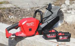 Аккумуляторная отрезная машина Milwaukee M18 Fuel FCOS230