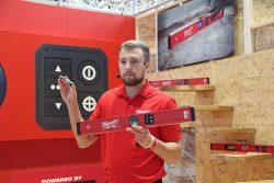 Конференция Milwaukee 2020 электронный строительный уровень RedStick аккумулятор RedLithium USB новый новинка Монте Карло Монако