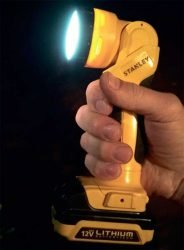 Аккумуляторный фонарь Stanley 12 В V