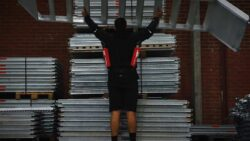Хилти Hilti EXO 01 экзоскелет пассивный строительные работы