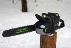 Аккумуляторная цепная пила Greenworks GC82CS25
